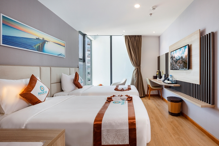 Bed type: 02 bed 1,1mNumber of rooms: 15Area: 23m2Window , sea view